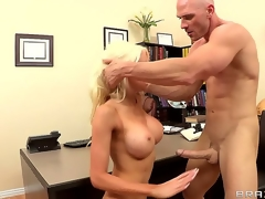 Receive a glimpse of hot momma Hollys big naturals, as this babe pleases Johnny after shes been divorces and looking for someone recent to fuck!