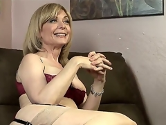Dia Lewa is about to experience some actually kinky and hot lesbian love and her instructor to be Nina Hartley explains what this babe is going to do to her.