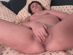 Cute dark brown aged masturbates her pussy lustily