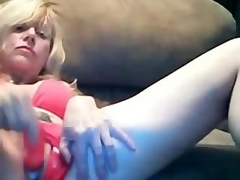 Beautiful Golden-haired Mom Dildoing Creamy Pussy