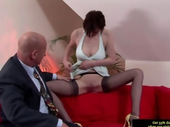 Classy British MILF giving a blowjob to a difficulty old dude