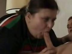 Old BBW Gives Oral stimulation job